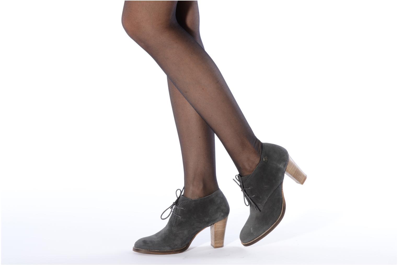 le temps des cerises sorea lace up shoes in black at 69371. Black Bedroom Furniture Sets. Home Design Ideas