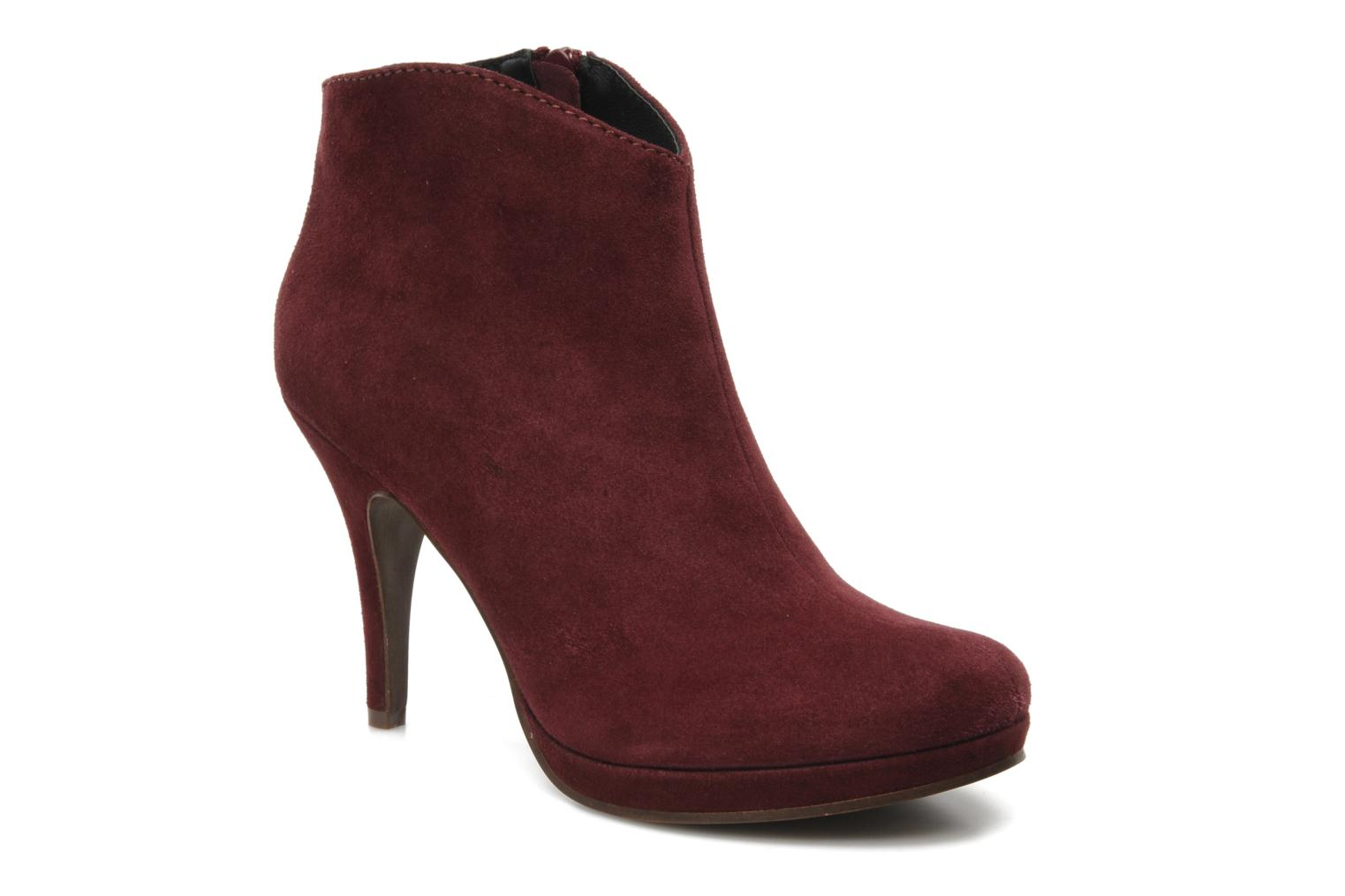 spm acacia ankle boots in burgundy at 106527. Black Bedroom Furniture Sets. Home Design Ideas