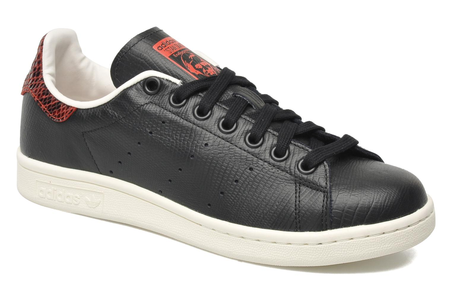 adidas originals stan smith ef w noir baskets chez sarenza 168052. Black Bedroom Furniture Sets. Home Design Ideas