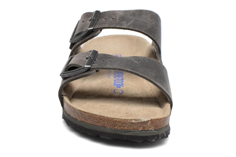 Sandals Birkenstock Arizona Grey model view