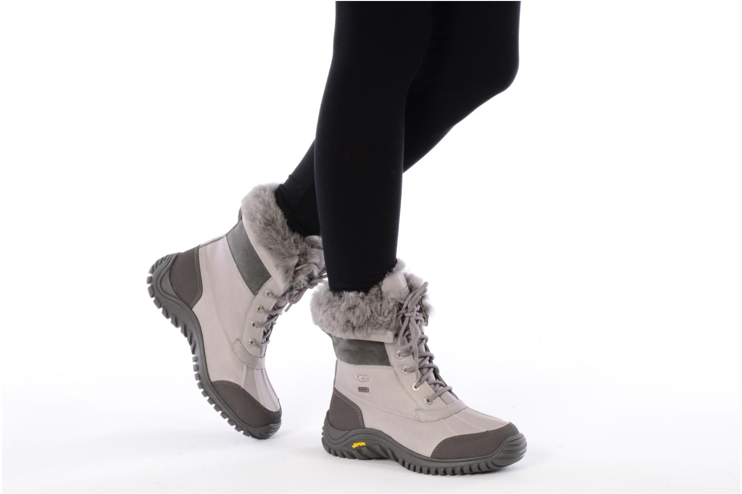 Ankle boots UGG Adirondack Grey view from underneath / model view