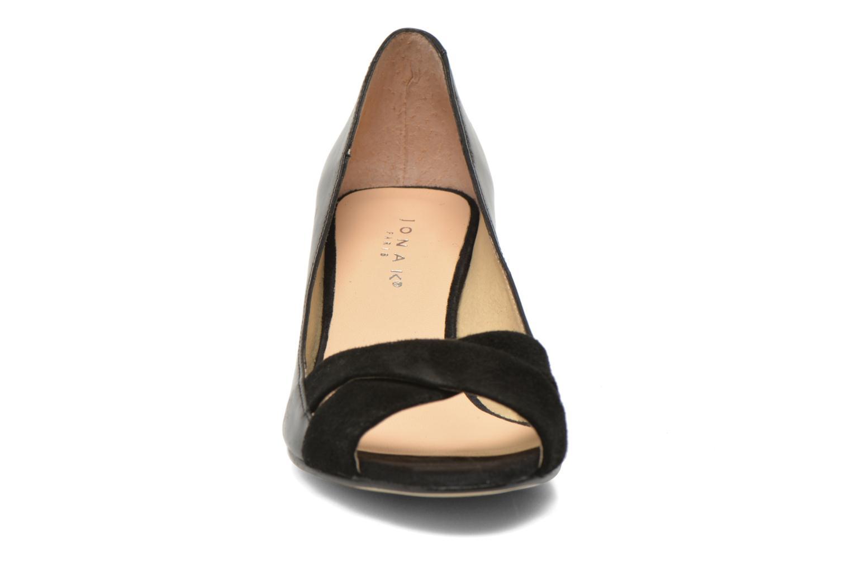 Escarpins Jonak Lili Noir vue portées chaussures