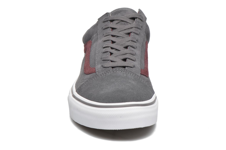 Sneaker Vans Old Skool grau schuhe getragen