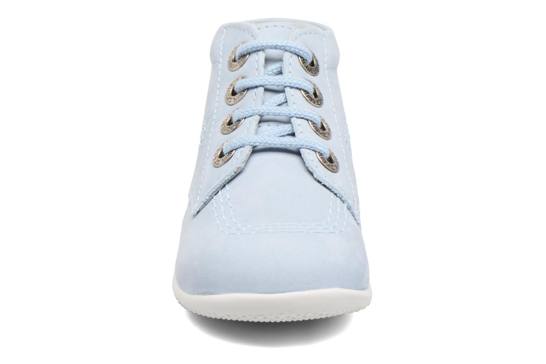 Snörade skor Kickers Billy Blå bild av skorna på