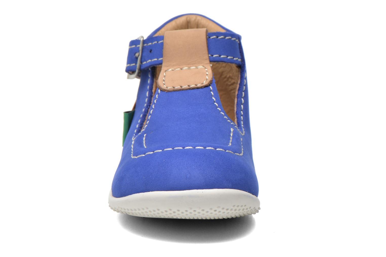 Sommersko Kickers Bonbek Blå se skoene på