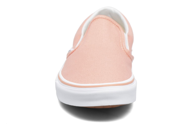 Baskets Vans Classic Slip On W Rose vue portées chaussures