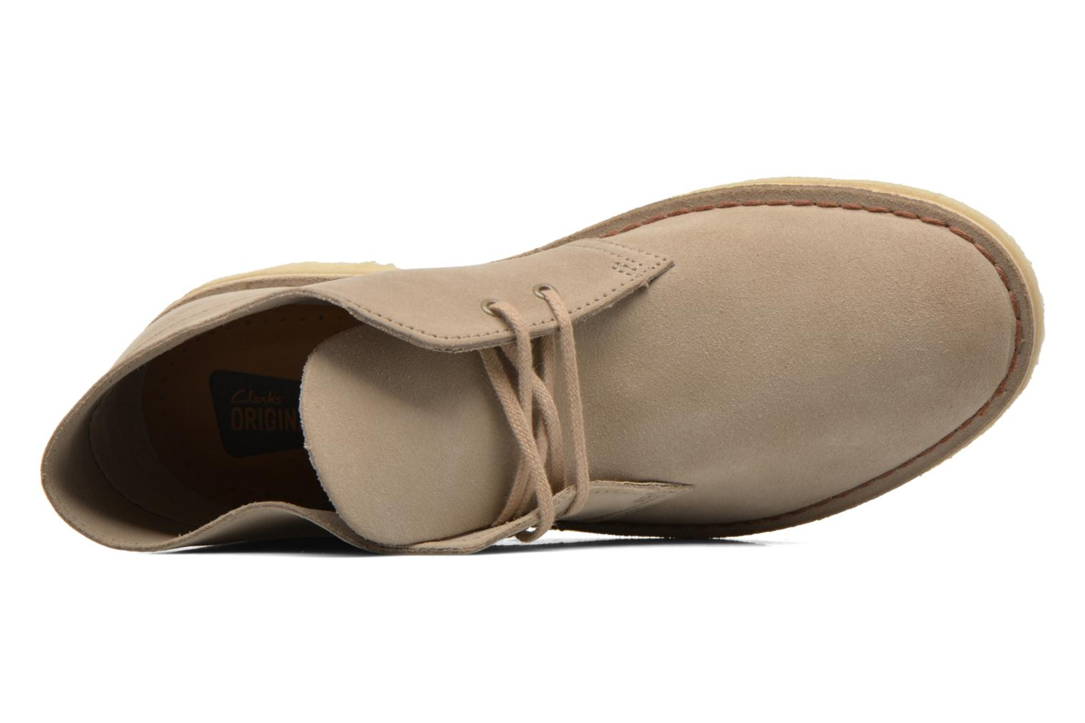 Lace-up shoes Clarks Desert Boot Grey view from the left