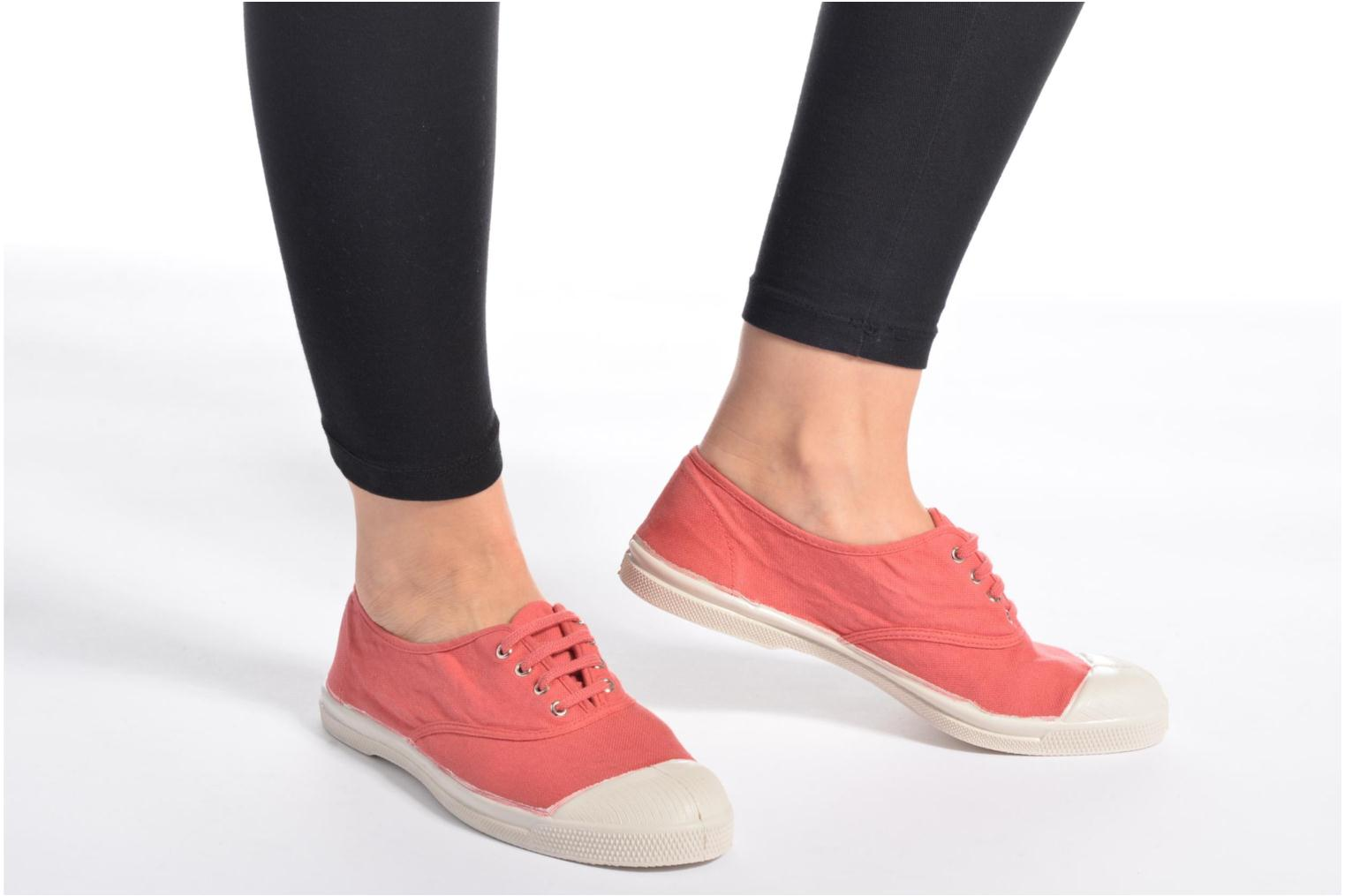 Trainers Bensimon Tennis Lacets Orange view from underneath / model view