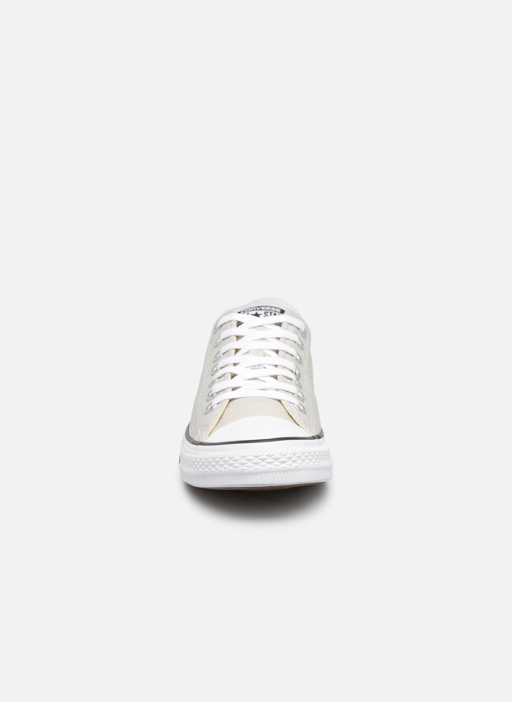 Baskets Converse Chuck Taylor All Star Ox M Gris vue portées chaussures