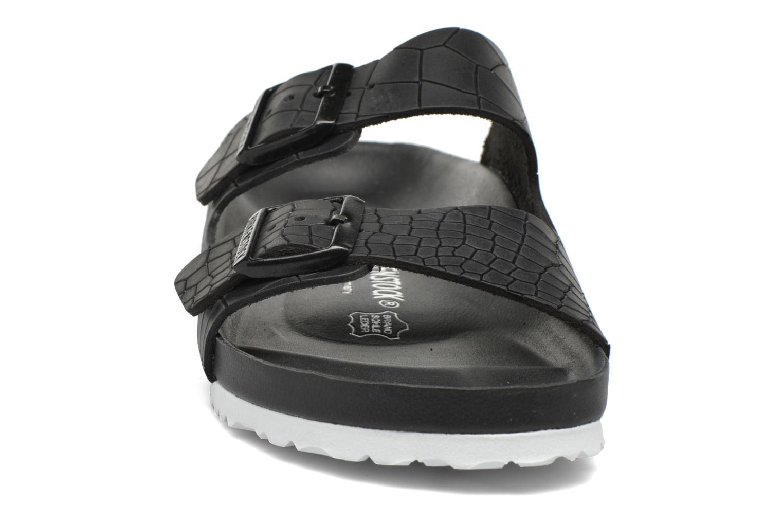Sandals Birkenstock Arizona Cuir M Black model view