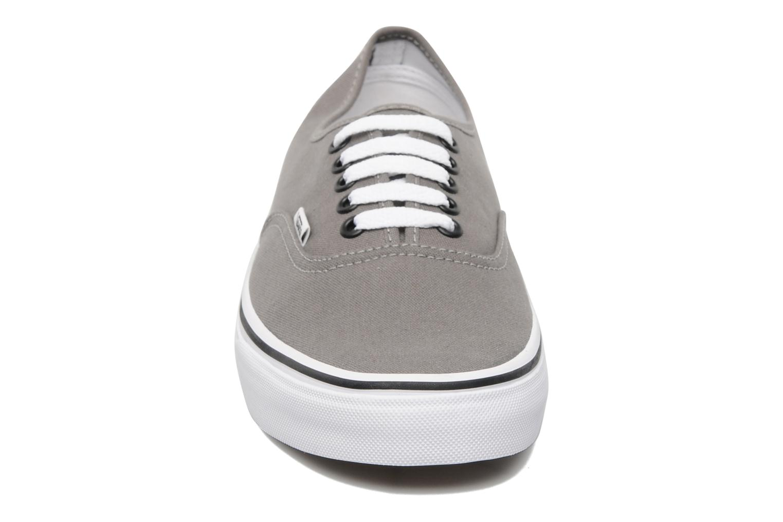 Baskets Vans Authentic Gris vue portées chaussures