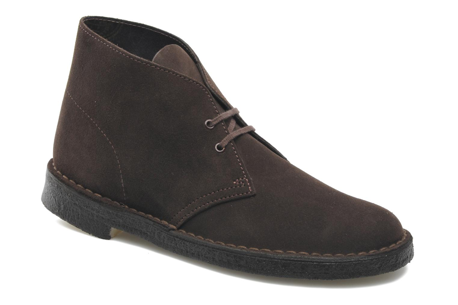 Lace-up shoes Clarks Desert Boot M Brown detailed view/ Pair view