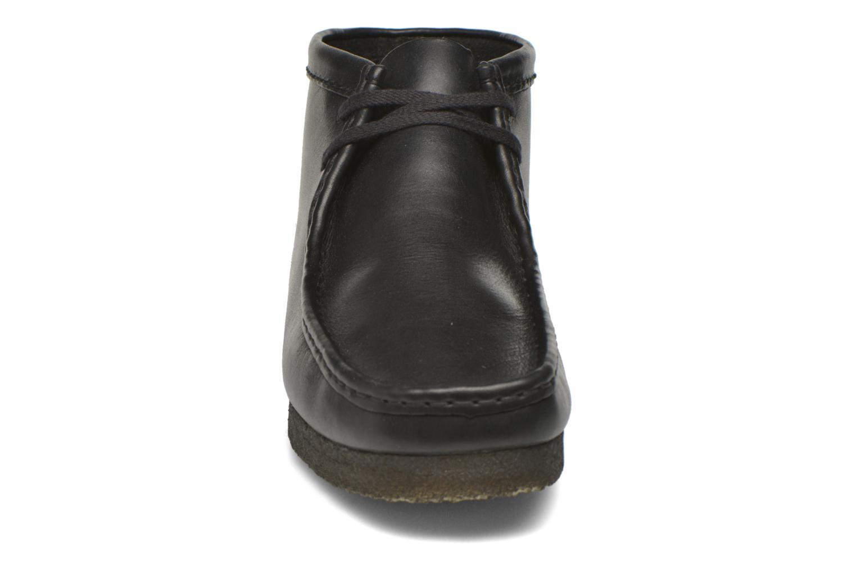 Schnürschuhe Clarks Originals Wallabee Boot M schwarz schuhe getragen