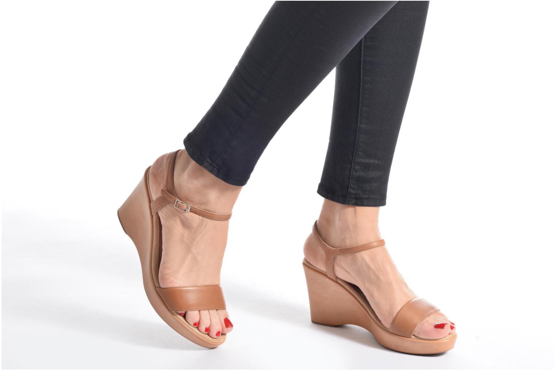 Sandales et nu-pieds Unisa Rita Noir vue bas / vue portée sac