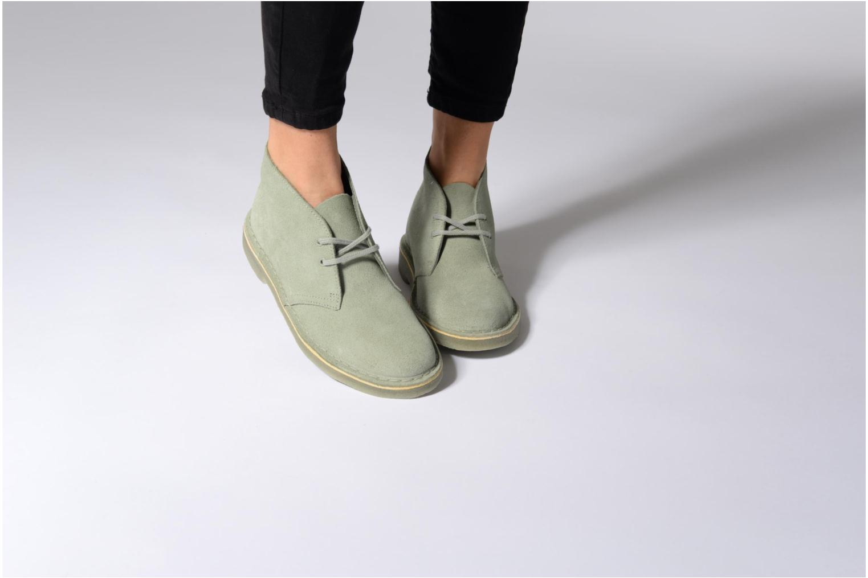 Chaussures à lacets Clarks Desert Boot W Beige vue bas / vue portée sac