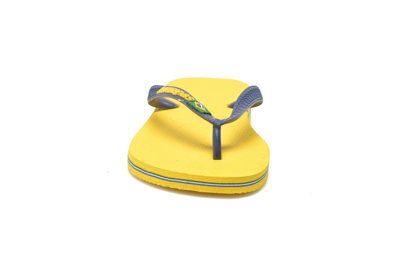 Tongs Havaianas Brazil Logo H Jaune vue portées chaussures