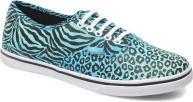 Blue atoll/true white (Cheetah/Zebra)
