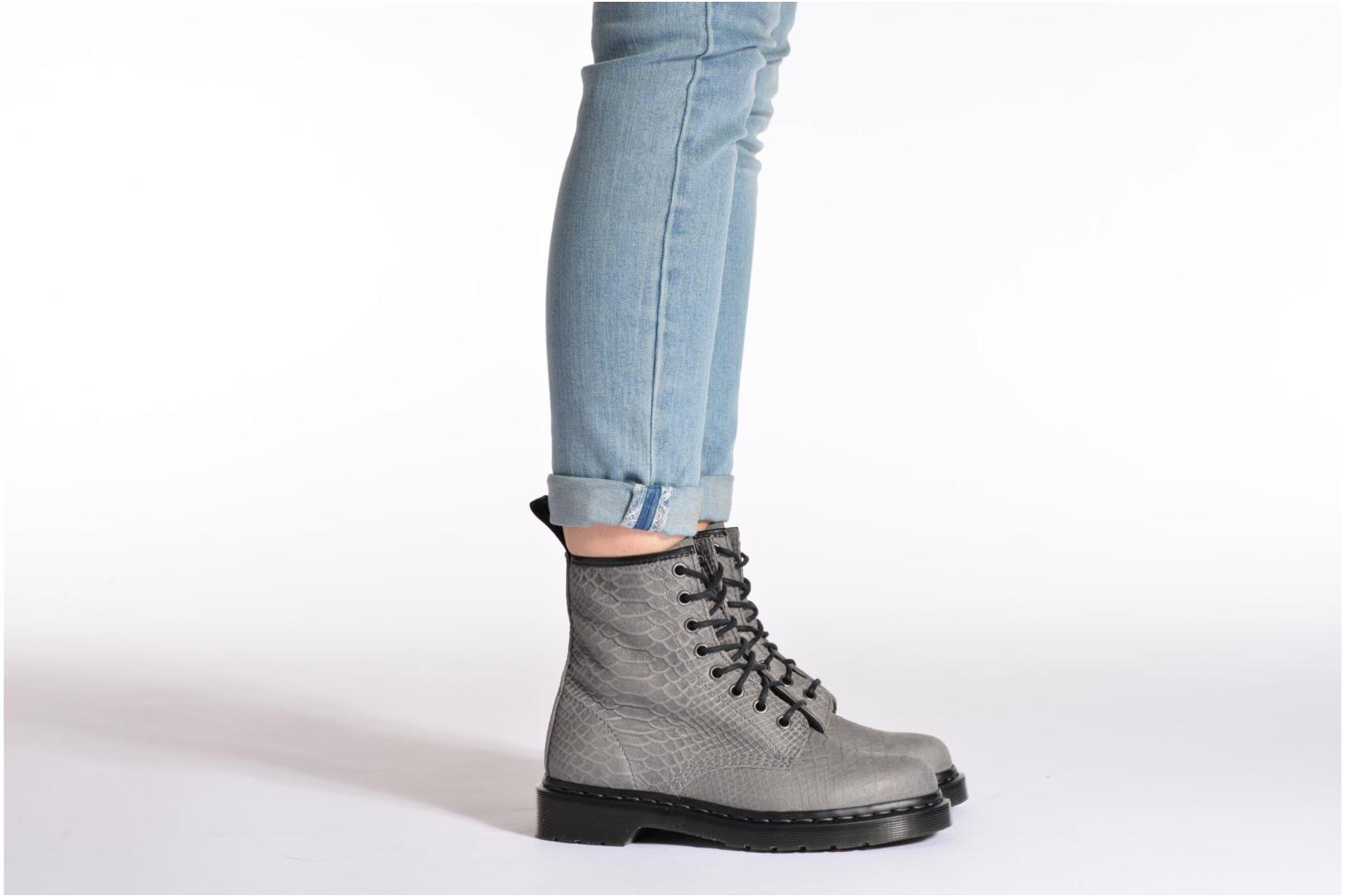 Ankle boots DR. Martens 1460 W White view from underneath / model view