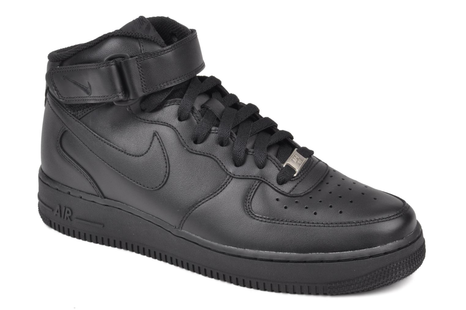 Trainers Nike Air Force 1 Mid Black detailed view/ Pair view