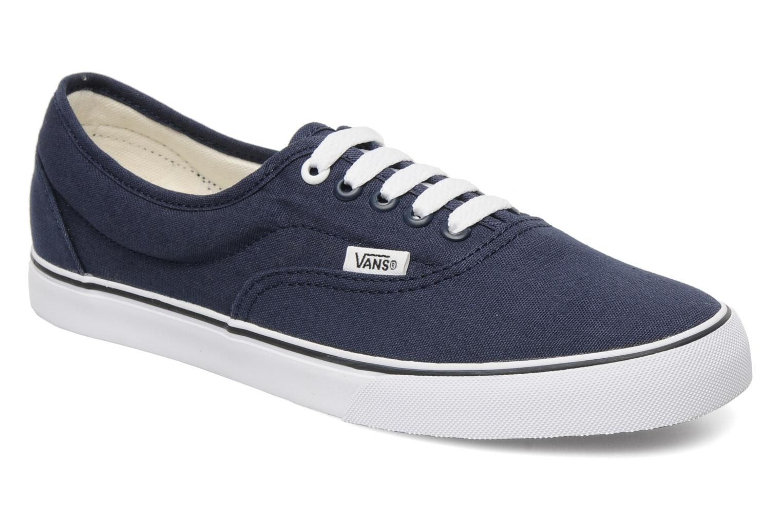 LPE M Navy True White