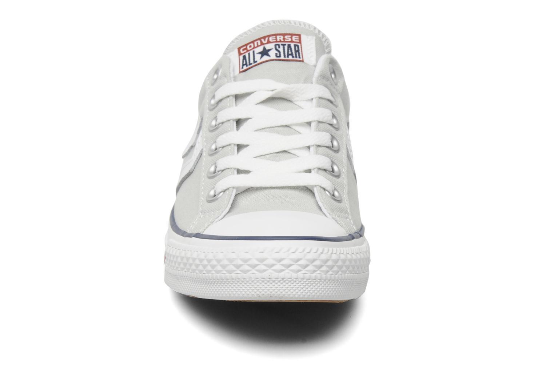 Baskets Converse Star Player Ev Canvas Ox W Gris vue portées chaussures