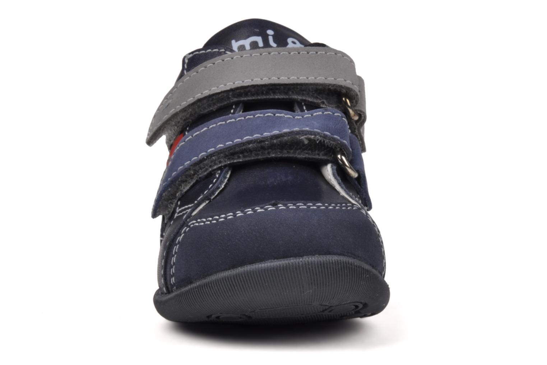 Baskets Primigi Stripe Bleu vue portées chaussures