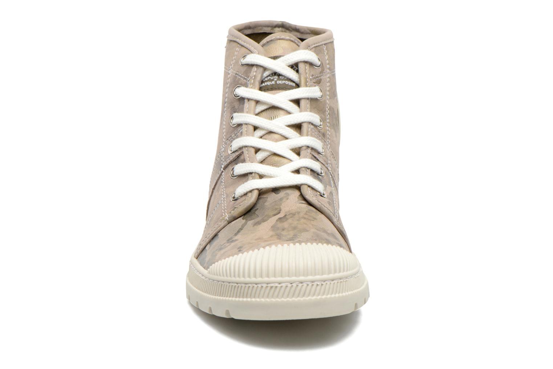 Baskets Pataugas Authentique Vert vue portées chaussures