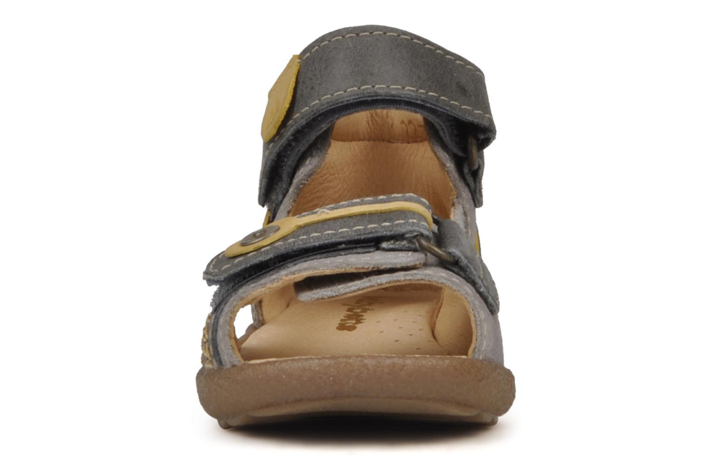 Sandalen Babybotte Tronion grau schuhe getragen