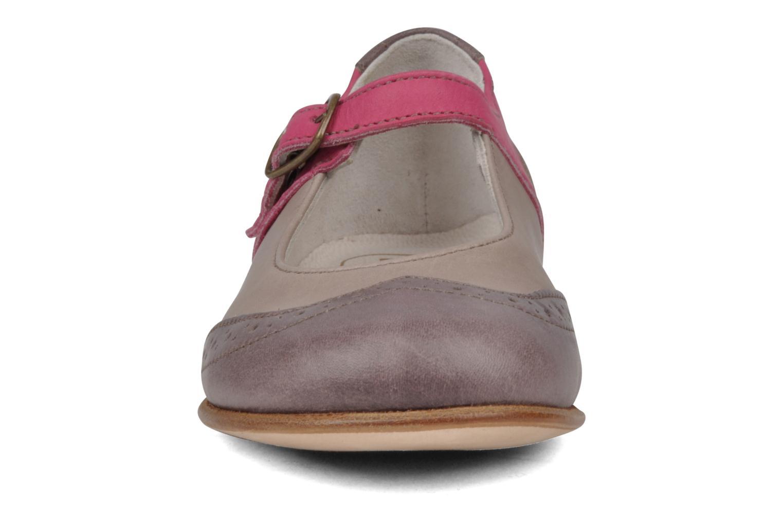 Ballerines PèPè Vincenza Gris vue portées chaussures
