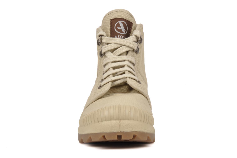Sneakers Aigle Tenere 2 W Beige bild av skorna på