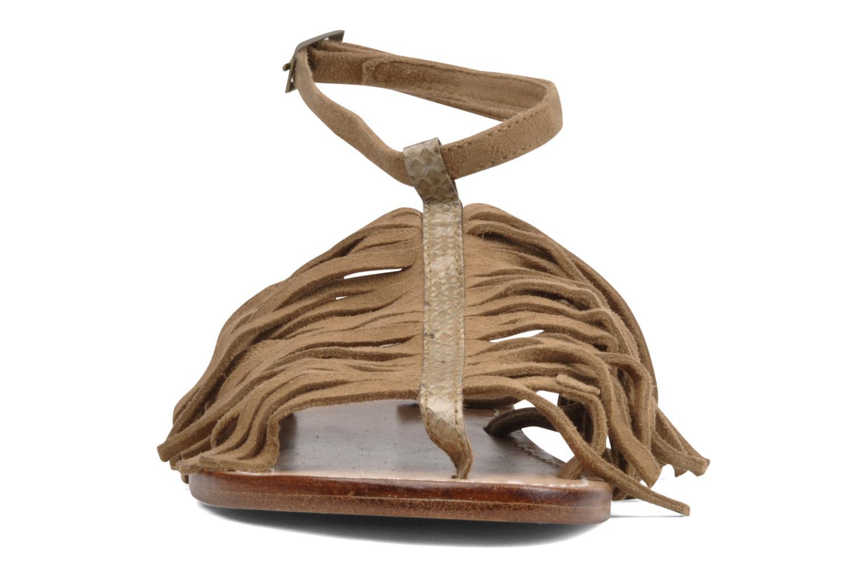 Sandales et nu-pieds Tatoosh Ava Beige vue portées chaussures