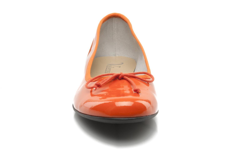 Ballerines Valensi Vega Orange vue portées chaussures