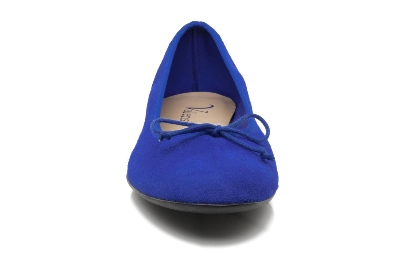 Ballerinas Valensi Vega blau schuhe getragen