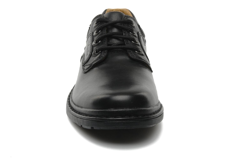 Schnürschuhe Clarks Rockie Lo Gtx schwarz schuhe getragen