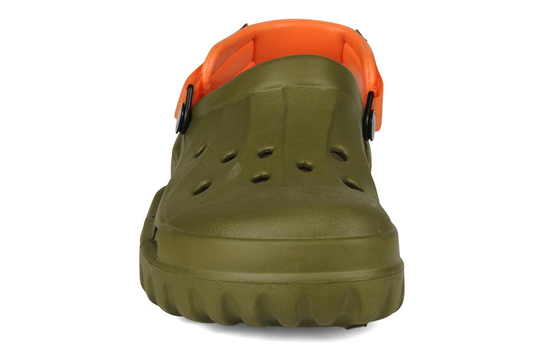 Sandalen Crocs Off Road grün schuhe getragen