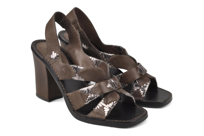 Sandales et nu-pieds Belle Catarina Marron vue 3/4