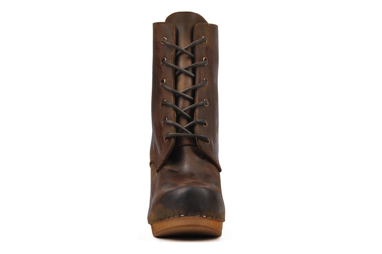 Bottines et boots Jeffrey Campbell Erikson Marron vue portées chaussures