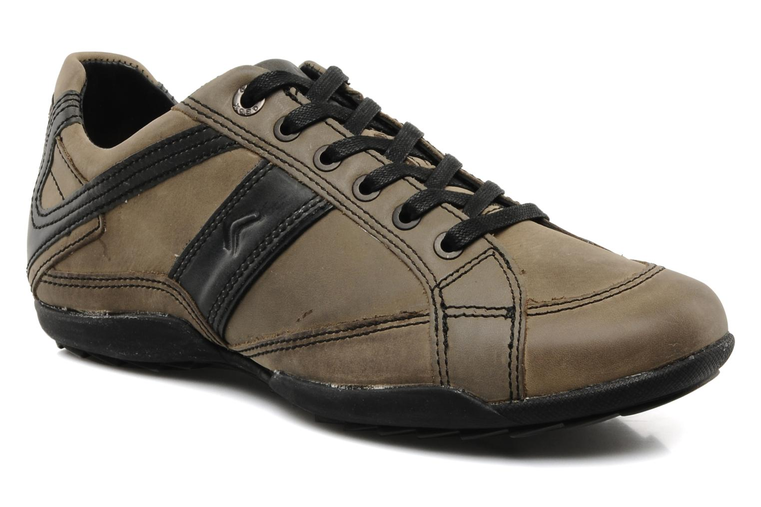 Trainers Geox U pietro r Brown detailed view/ Pair view