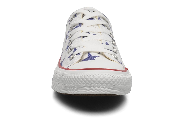 Baskets Converse Chuck Taylor All Star Big Star Print Ox W Blanc vue portées chaussures