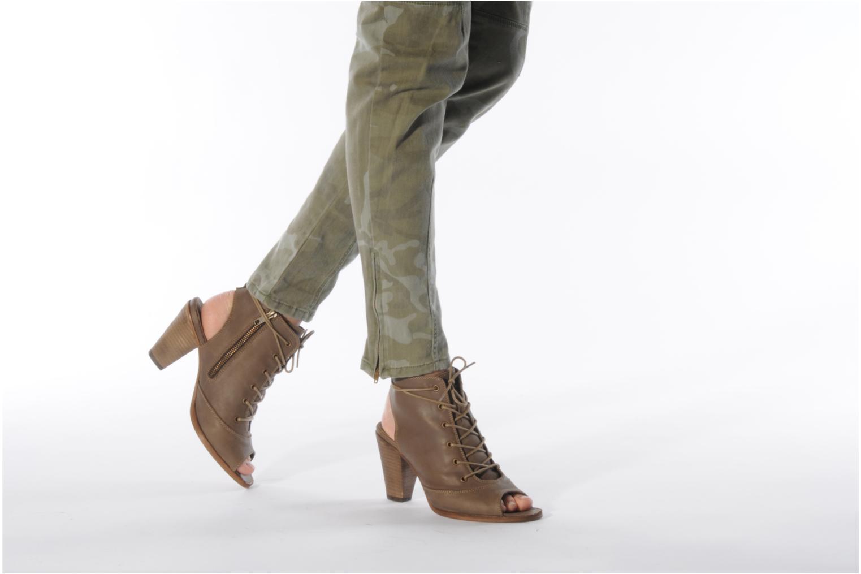 Sandales et nu-pieds H By Hudson Henshaw Beige vue bas / vue portée sac