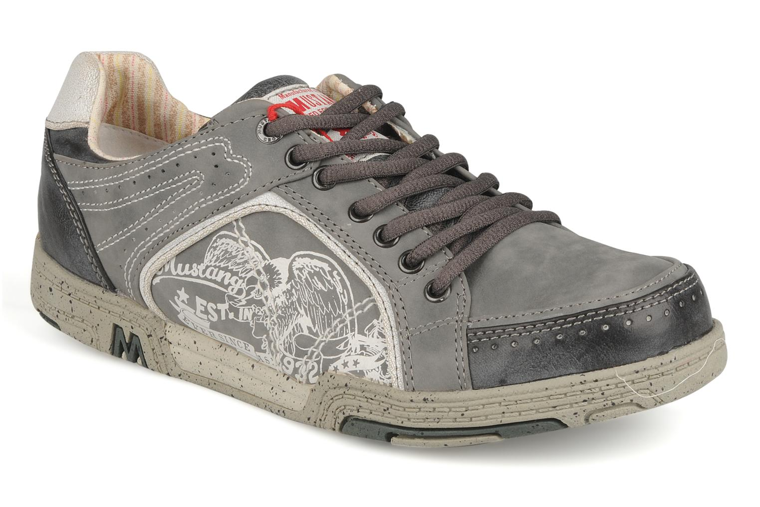 Trainers Mustang shoes Attelage 2 Grey detailed view/ Pair view