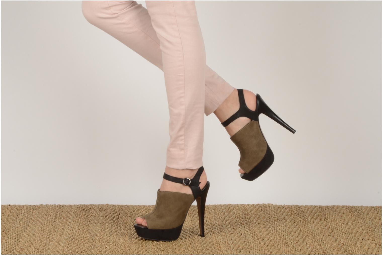 Sandales et nu-pieds Carvela Acoustic Vert vue bas / vue portée sac