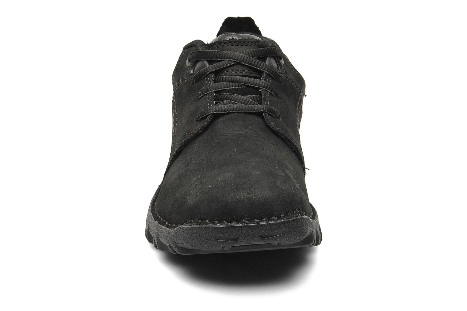 Lace-up shoes Caterpillar Emerge Black model view