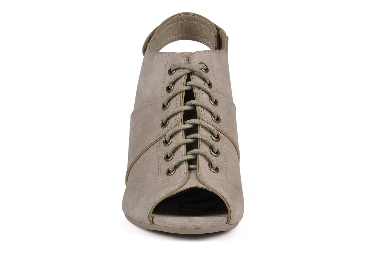 Sandalen No Name Diva open toe grau schuhe getragen