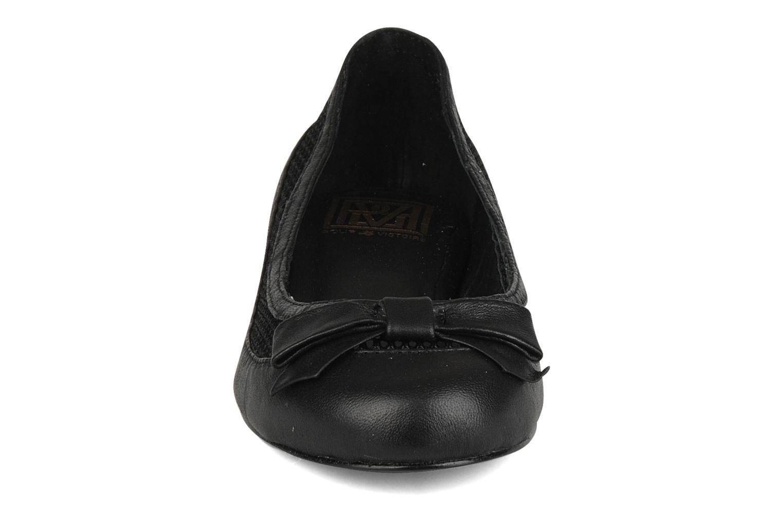 Ballerines Pour La Victoire Kellen Noir vue portées chaussures