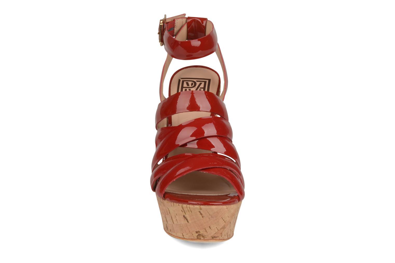 Sandales et nu-pieds Pour La Victoire Jessie Rouge vue portées chaussures