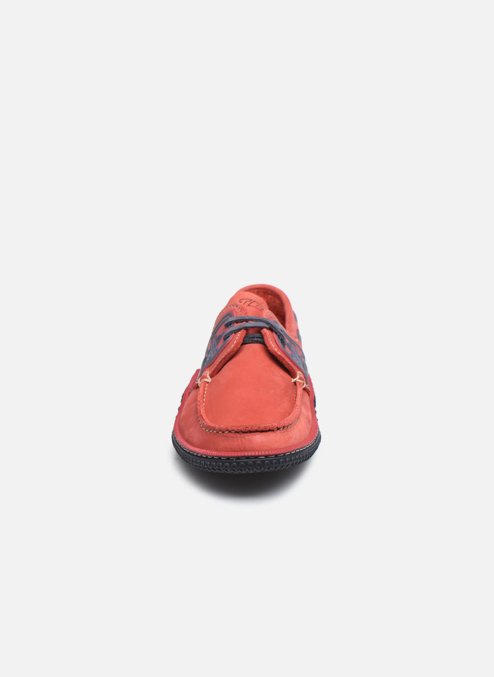 Snörade skor TBS Globek Röd bild av skorna på