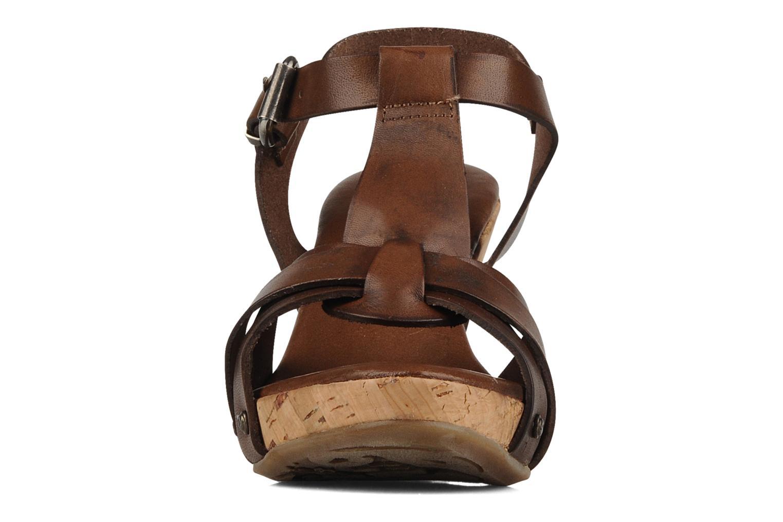 Sandales et nu-pieds Manas Valenta Marron vue portées chaussures