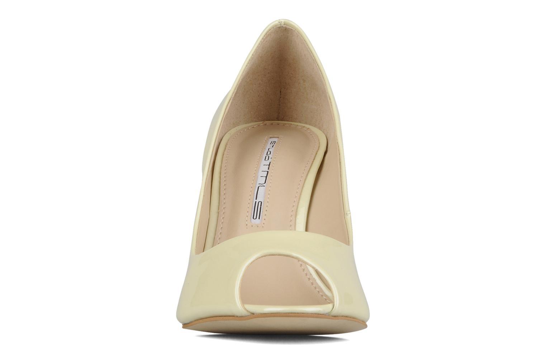 High heels Studio TMLS Louanne Beige model view