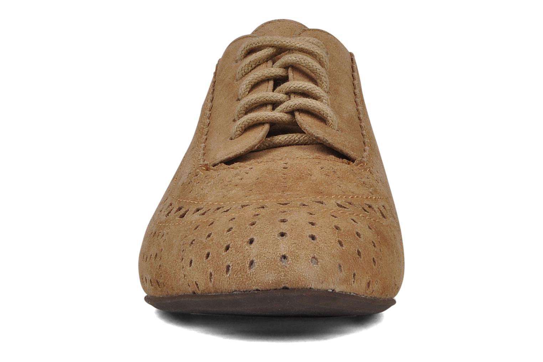 Chaussures à lacets Jeffrey Campbell Miller Beige vue portées chaussures